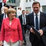 Politiek jaaroverzicht 2015: Hoe de harteloze Angela Merkel 'Mutter Teresa' werd