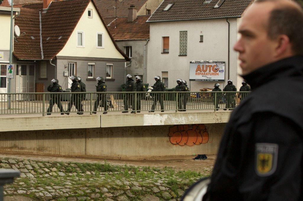 Een forse politiemacht heeft de partijdag hermetisch afgesloten. Foto: Duitslandnieuws/Roy van Veen