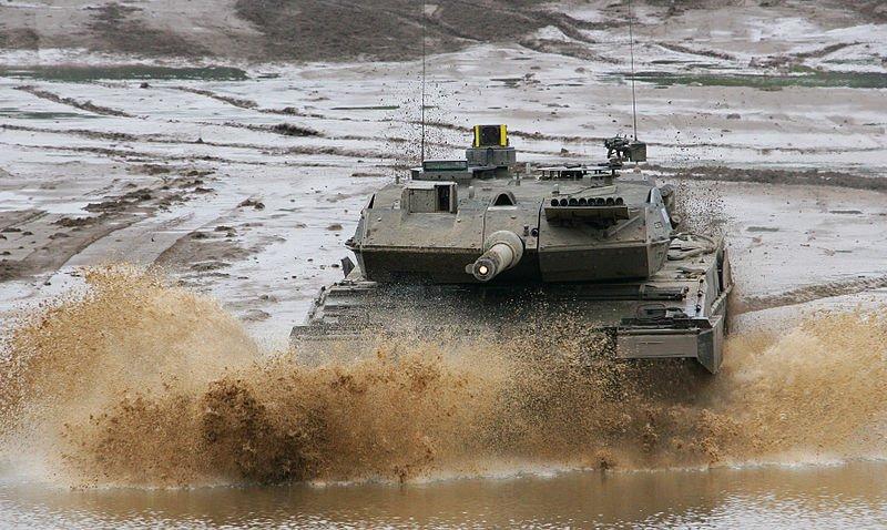 Leopard 2 van Kraus Maffei Wegmann (Foto: Bundeswehr).
