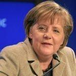 Merkel gaat eenzaam jaar tegemoet