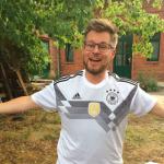 Je zult als Nederlander maar een Mannschaft shirt krijgen van je Duitse vrienden