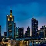 Podcast – Waarom de fusie tussen Commerzbank en Deutsche Bank gedoemd was te mislukken